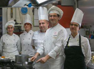 staff ristorante peucezia castellaneta (7)